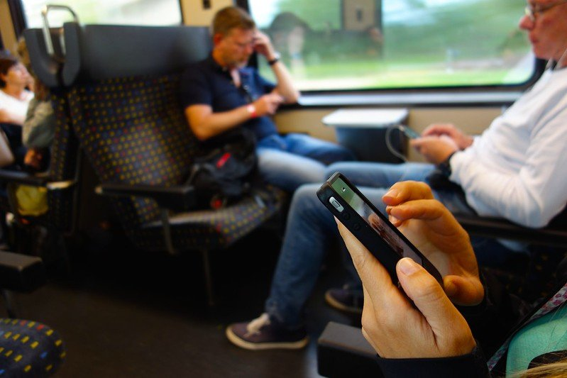 Онлайн Казина - Мобилни Устройства